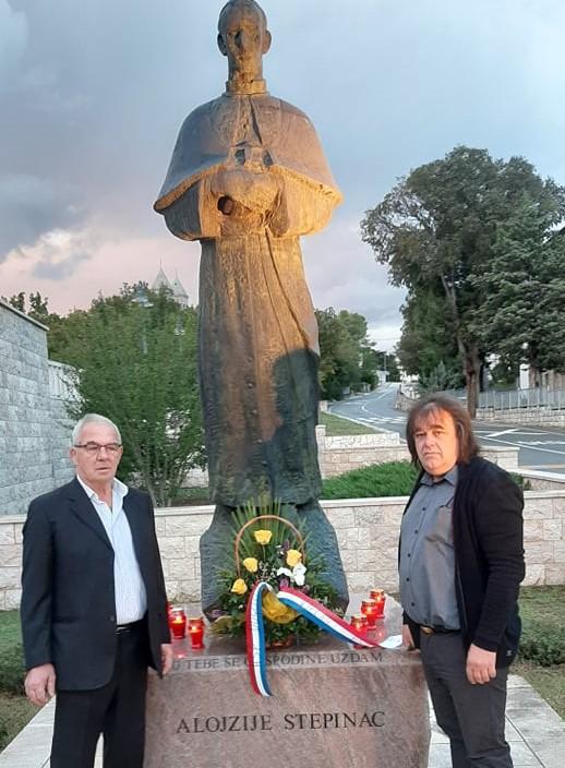 HSP Dugopolje povodom dana Općine odao počast palima za Domovinu i blaženom Alojziju Stepincu!
